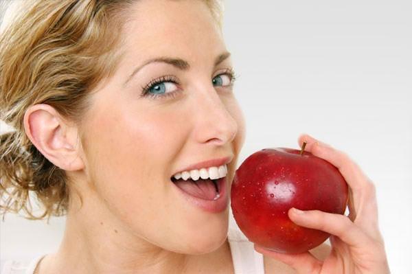 Za pravilnu negu zuba potrebno više od četkice i paste