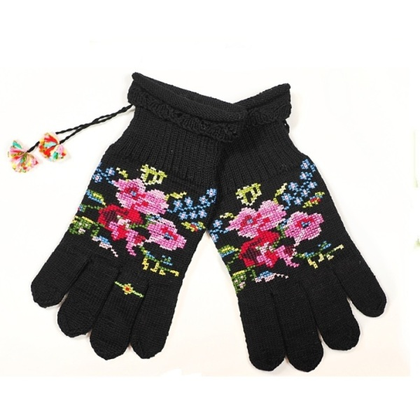 Ručno pletene rukavice sa prstenom