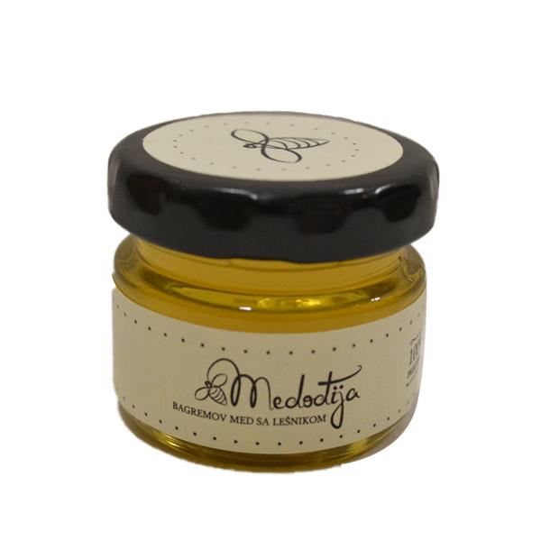 Bagremov med sa lešnikom Medođija 30g