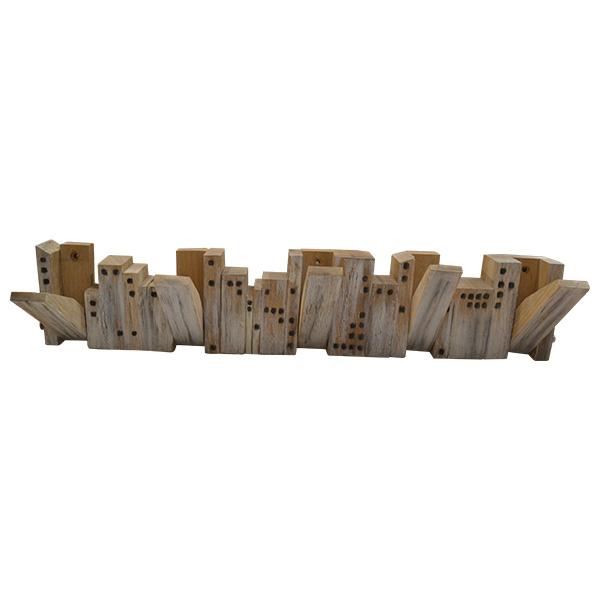 Drvena vešalica - grad