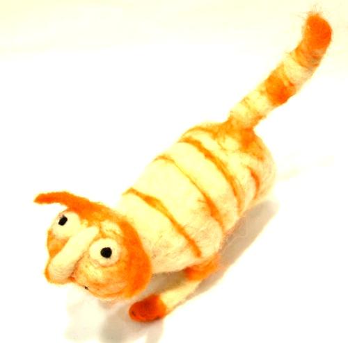 Mačka od pustovane vune