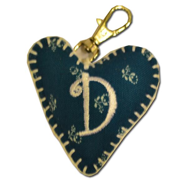 Privezak srce inicijal